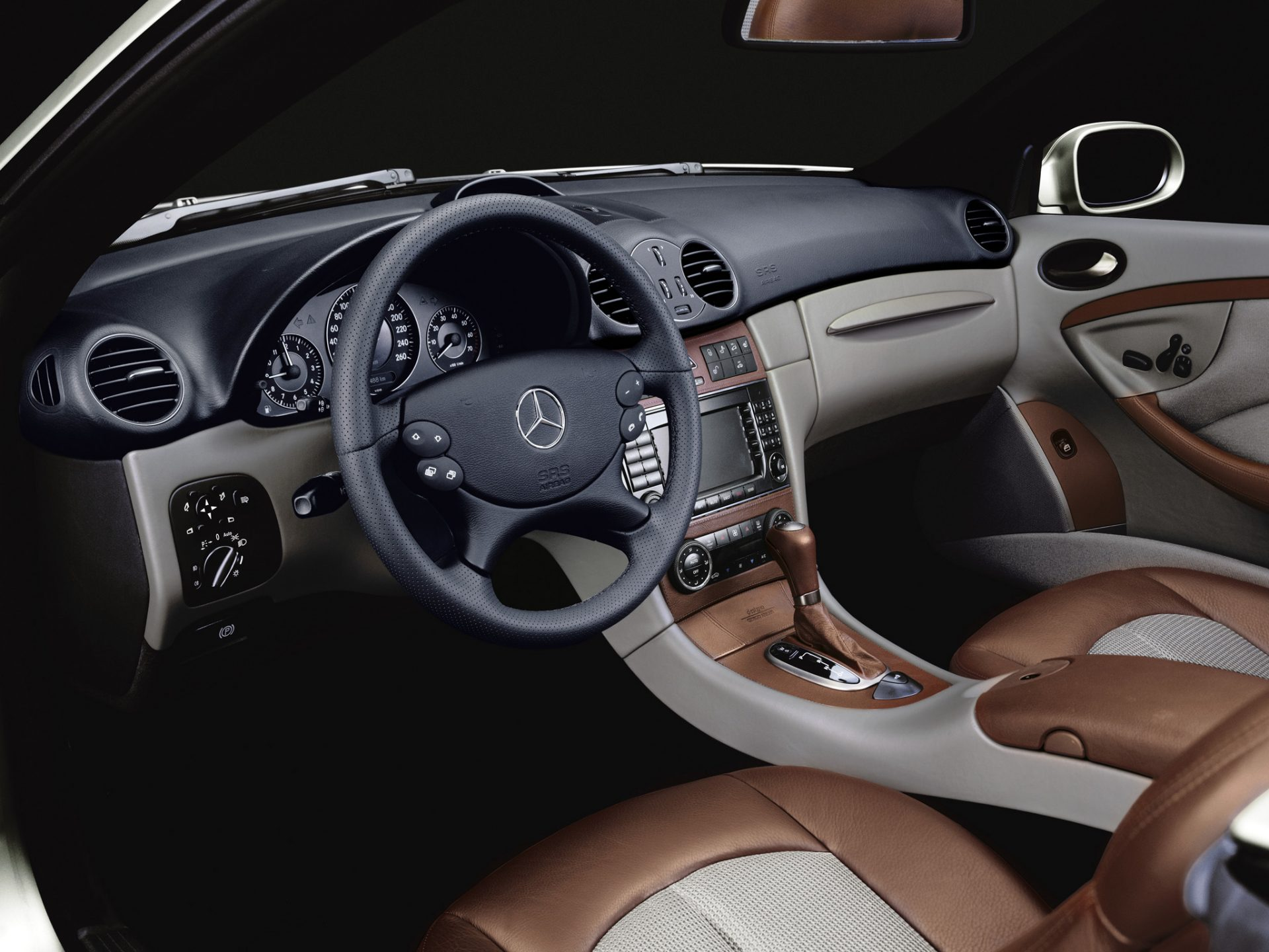 Mame Fashion Dictionary: Armani Collaboration with Mercedes Benz