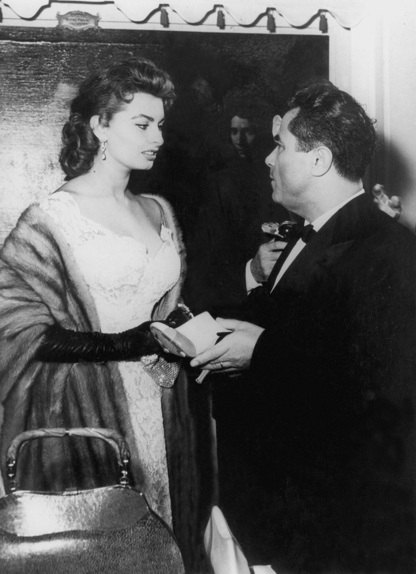 Salvatore Ferragamo With Sophie Loren. Copyright Attualita Fotografica Italiana Del Vecchio & Scala